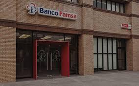 Condusef se declara incompetente; abandonan a estafados por Banco Famsa